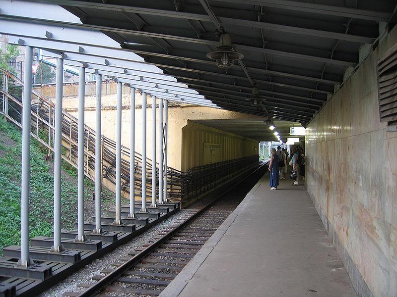 Станция метро Багратионовская: http://www.karta-metro.ru/stations/101/459/