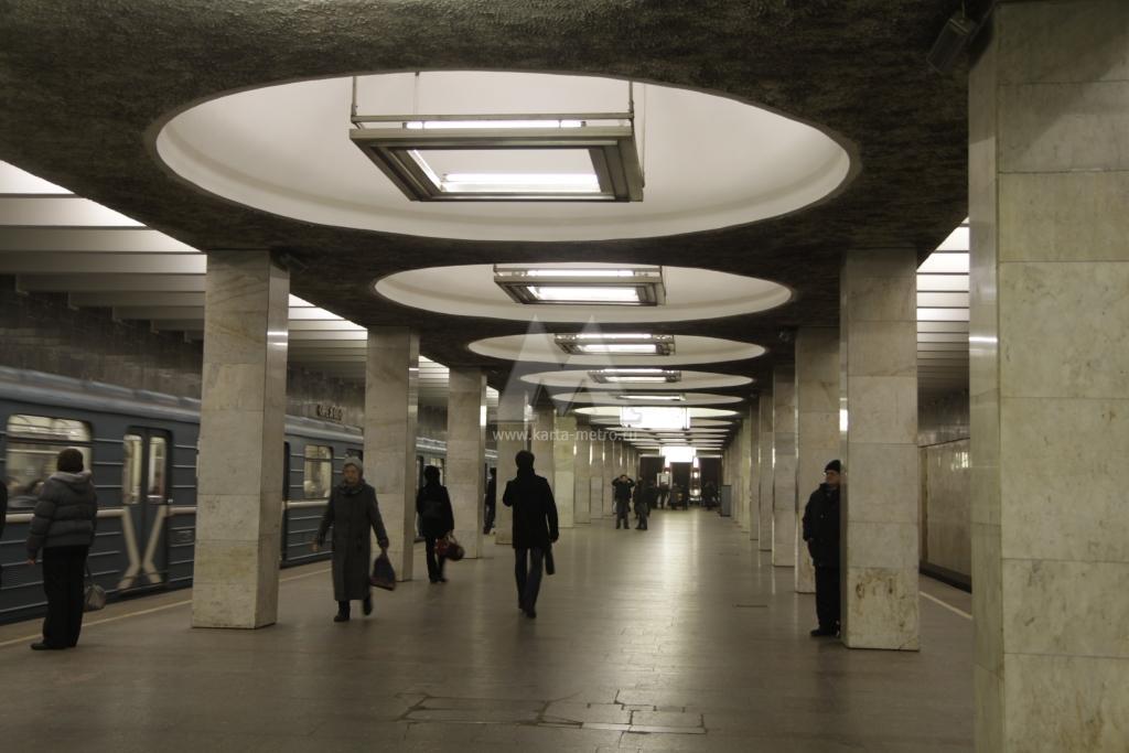 Качалки метро орехово