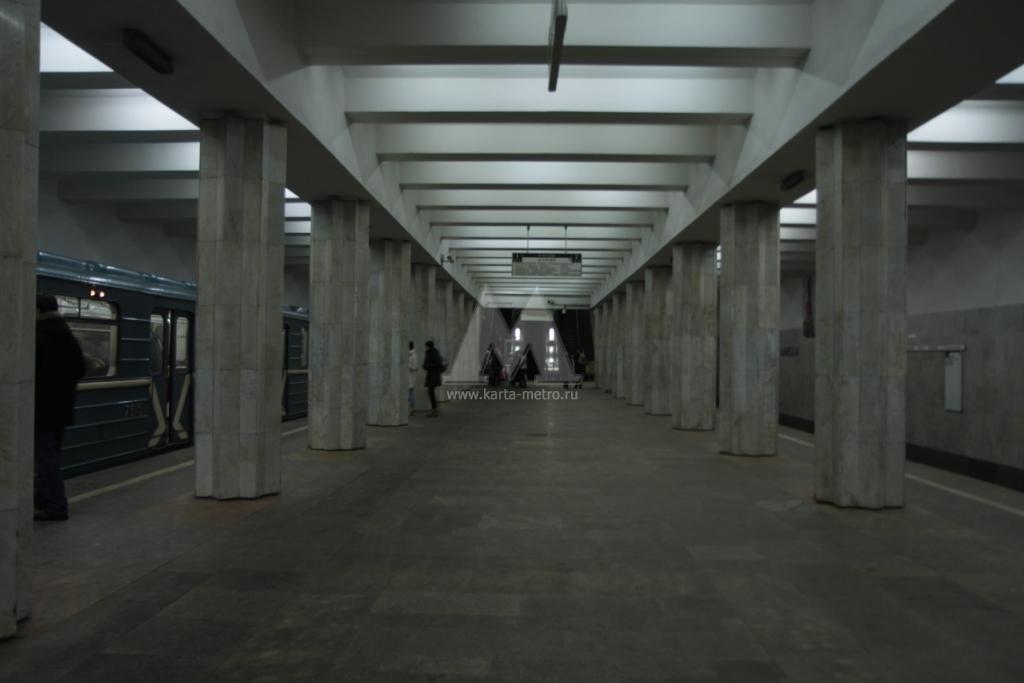 Станция метро Севастопольская.
